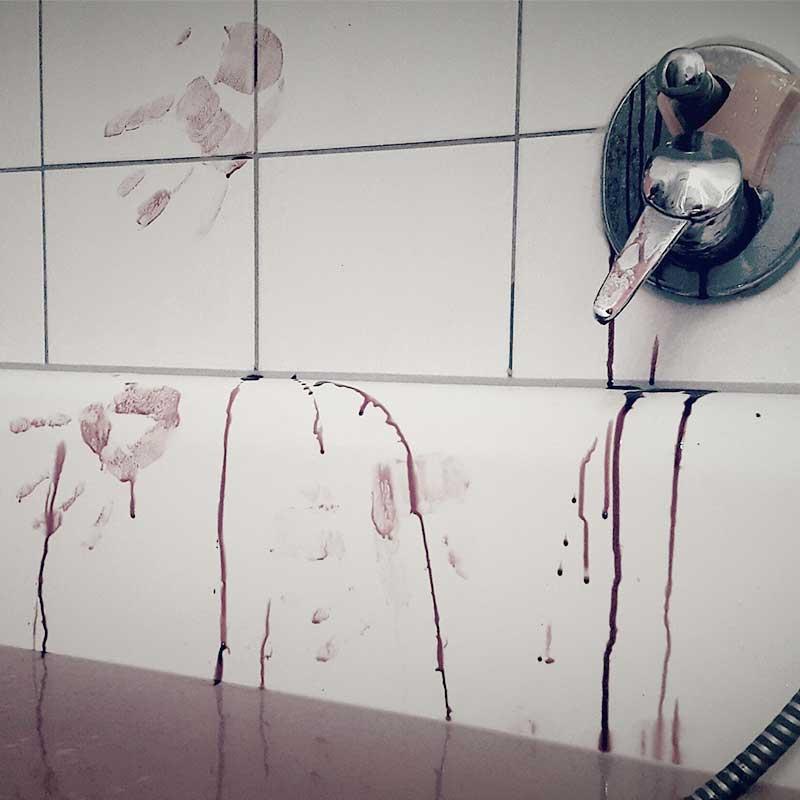 Bath tub murder scene